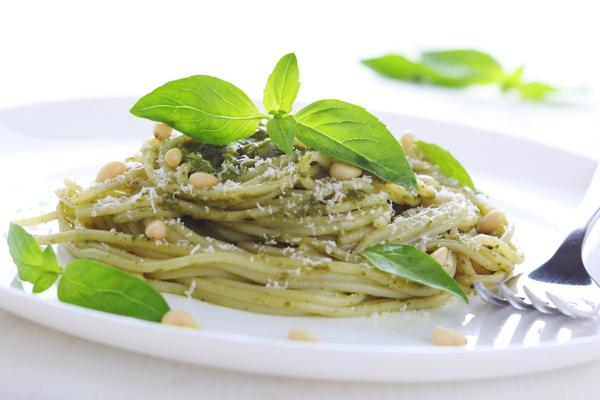 Whole-Wheat Pasta with Fresh Basil Pesto
